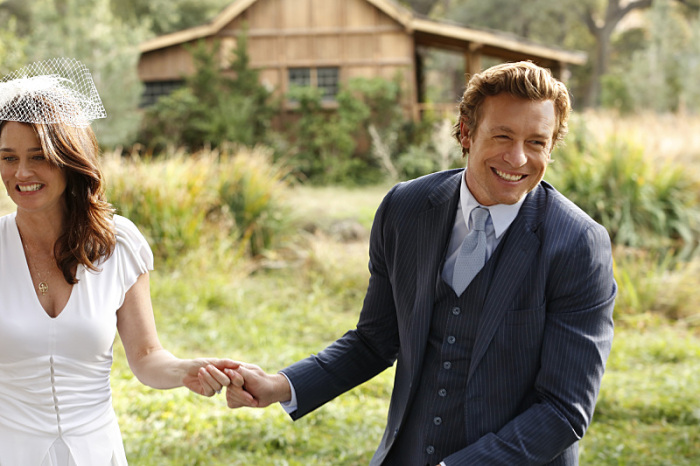 """White Orchids"" -- Lisbon accepts Jane's surprise marriage proposal, but a killer's quest for revenge may cost them the happy ending they've worked so hard to achieve, on the series two-part finale of THE MENTALIST on CBS Wednesday, February 18 (8:00-10:00, ET/PT). Pictured:  Simon Baker as Patrick Jane, Robin Tunney as Teresa Lisbon. Photo: Robert Voets/Warner Bros./CBS ©2015 CBS Broadcasting, Inc. All Rights Reserved"