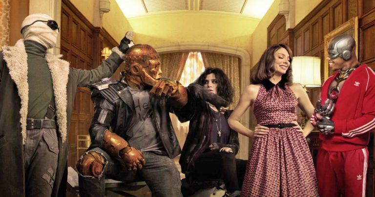 serial Doom Patrol online